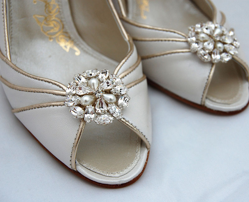 Sparkle shoe clips
